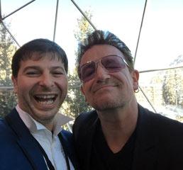 Пламен Русев с филантрофа и фронтмен на легендарния U2, Боно