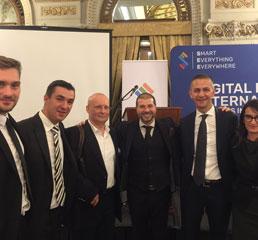Пламен Русев с основателя на Bitdefender - Флорин Талпеш, основател на eMag - Юлиян Станчу и съветникът на миналия министър-председател на Румъния - Дан Нечита в Букурещ