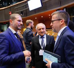 Пламен Русев с еврокомисар по науката и иновациите Карлос Моедас и проф. Костадинов