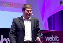 Презентация на сцената на Webit Congress на темата Властта на хората - новия маркетинг Power to the people